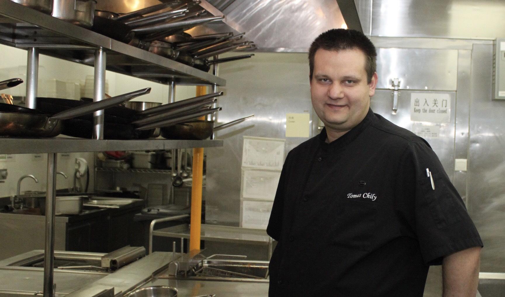 """Slovenský šéfkuchár Tomáš Chilý: """"Byť kuchárom nie je práca, ale diagnóza"""""""