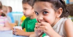 Stravovanie na školách sa mení. Iné sú ingrediencie, aj postupy